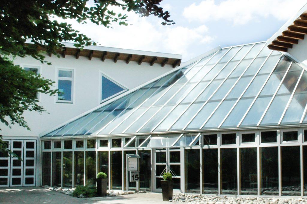 Beschattung integriert Glasdach